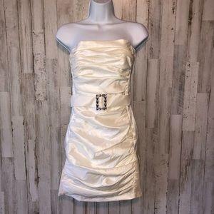 Vintage Gunne Sax Strapless Belted White Dress